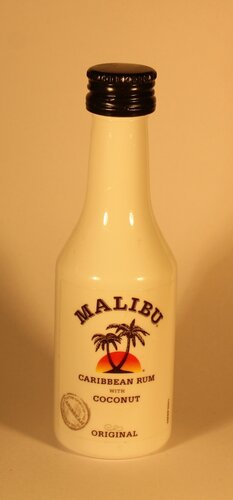 Ром Malibu Original Caribbean Rum with Coconut