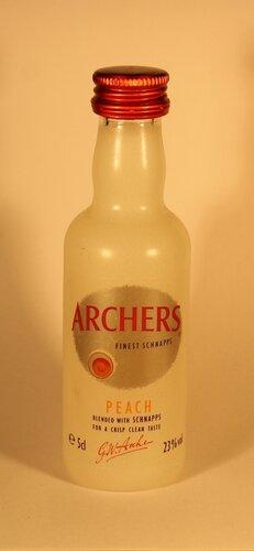 Шнапс Archers Finest Schnapps Peach