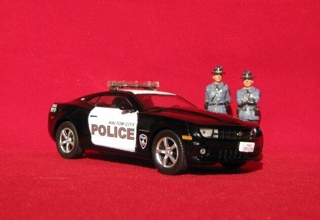 Полицейские Машины Мира №30 Chevrolet Camaro SS