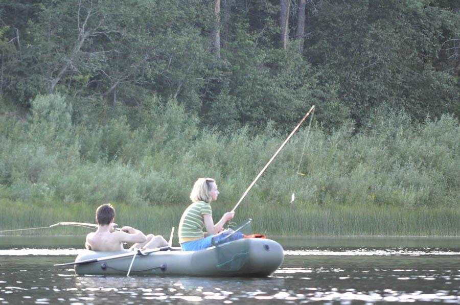 Рыбаки возле Усть-Пуи 900.jpg
