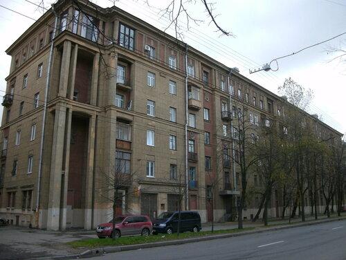 ул. Полярников 12