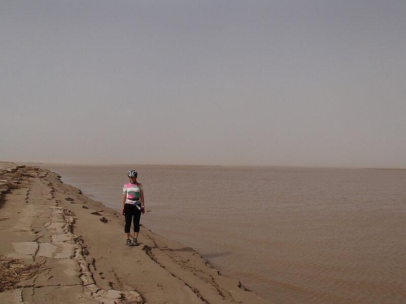 река хуанхэ в долине Хэтао, Внутренняя Монголия, Китай