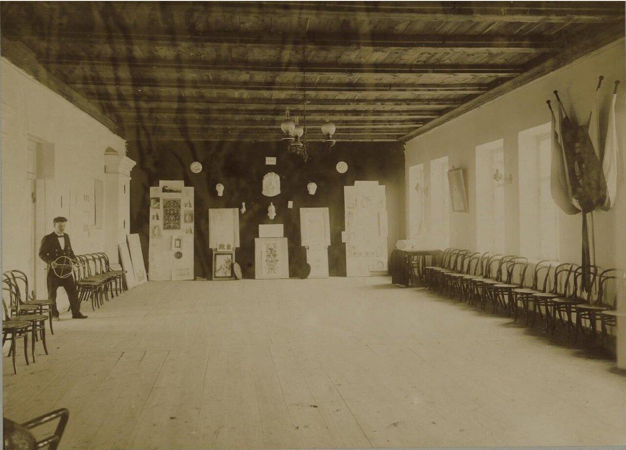 19. Верхний этаж главного здания. Рисовальный зал
