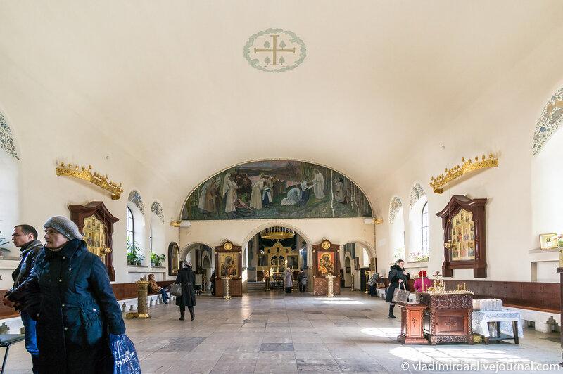 Xрам Покрова Пресвятой Богородицы в Марфо-Мариинской обители
