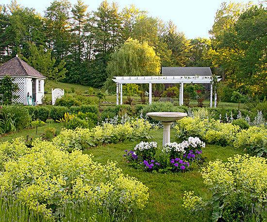 Садовые дворики. Ландшафтный дизайн  - фото 1