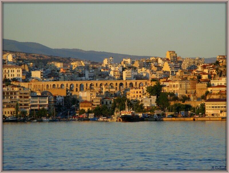 Кавала с моря - город и крепость (5).jpg