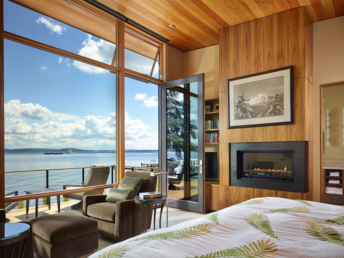 Фото дом у моря с большими окнами