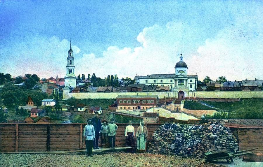 Вид на Знаменский монастырь