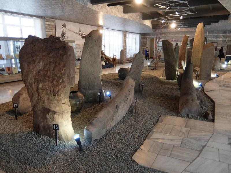 Минусинск - Краеведческий музей - Каменные изваяния
