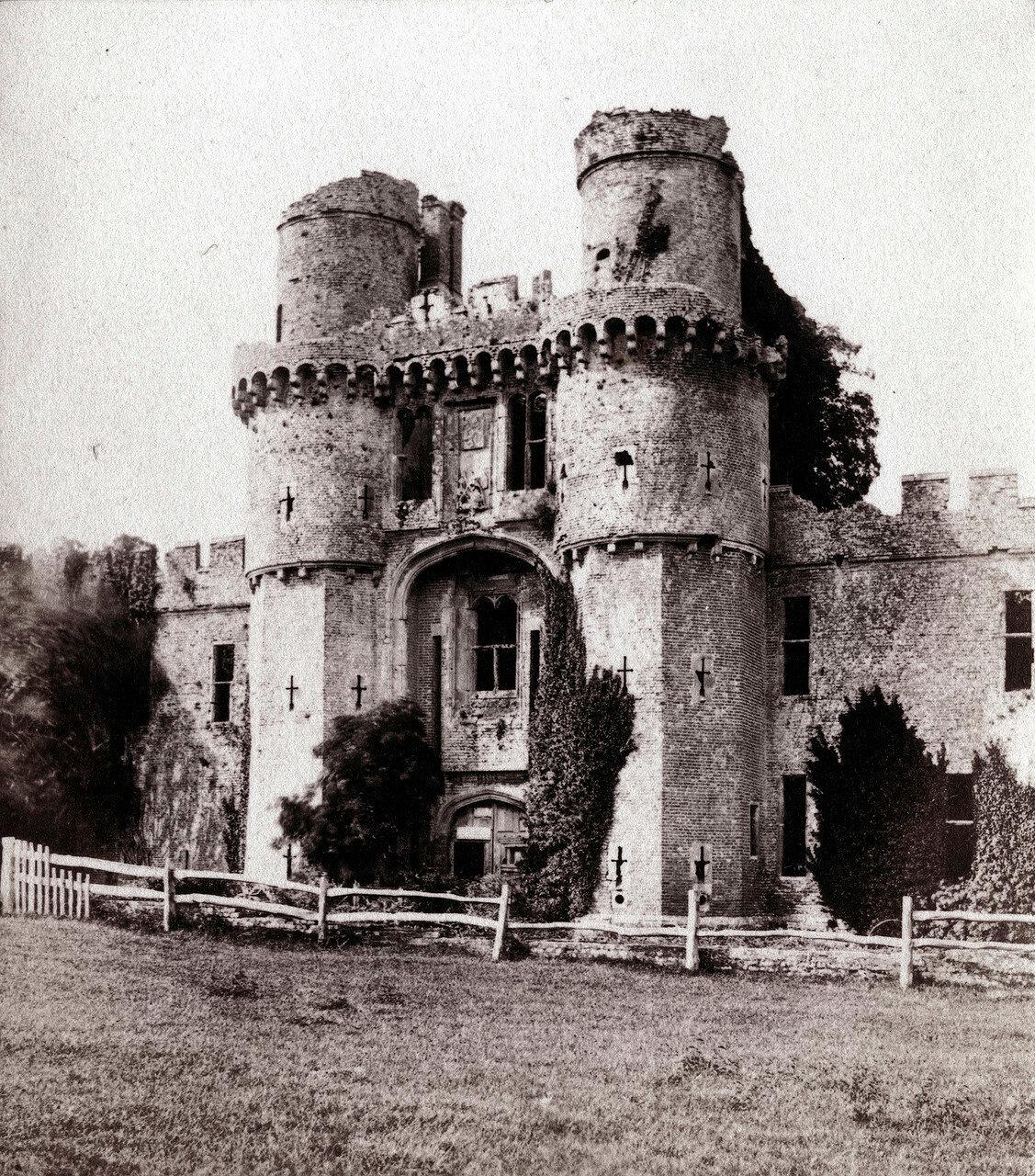 Замок Херстмонсо, Великобритания. 1864