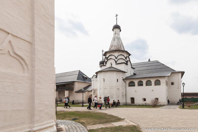 Трапезная церковь Успения Пресвятой Богородицы Спасо-Евфимиева монастыря в Суздале