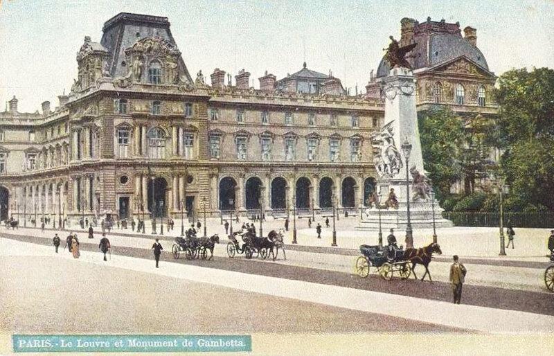 Лувр в 1900 году