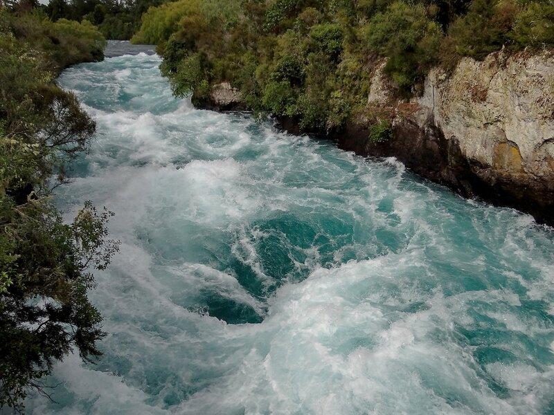 """""""Течёт ручей, бежит ручей..."""" :-))"""