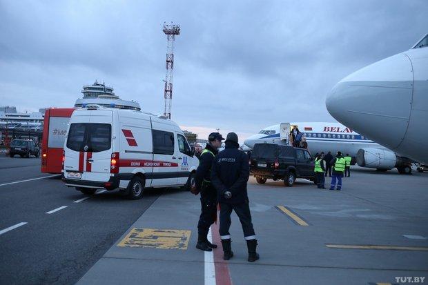 Самолет «Белавиа» Минск-Петербург экстренно возвращался из-за попавших в мотор  птиц