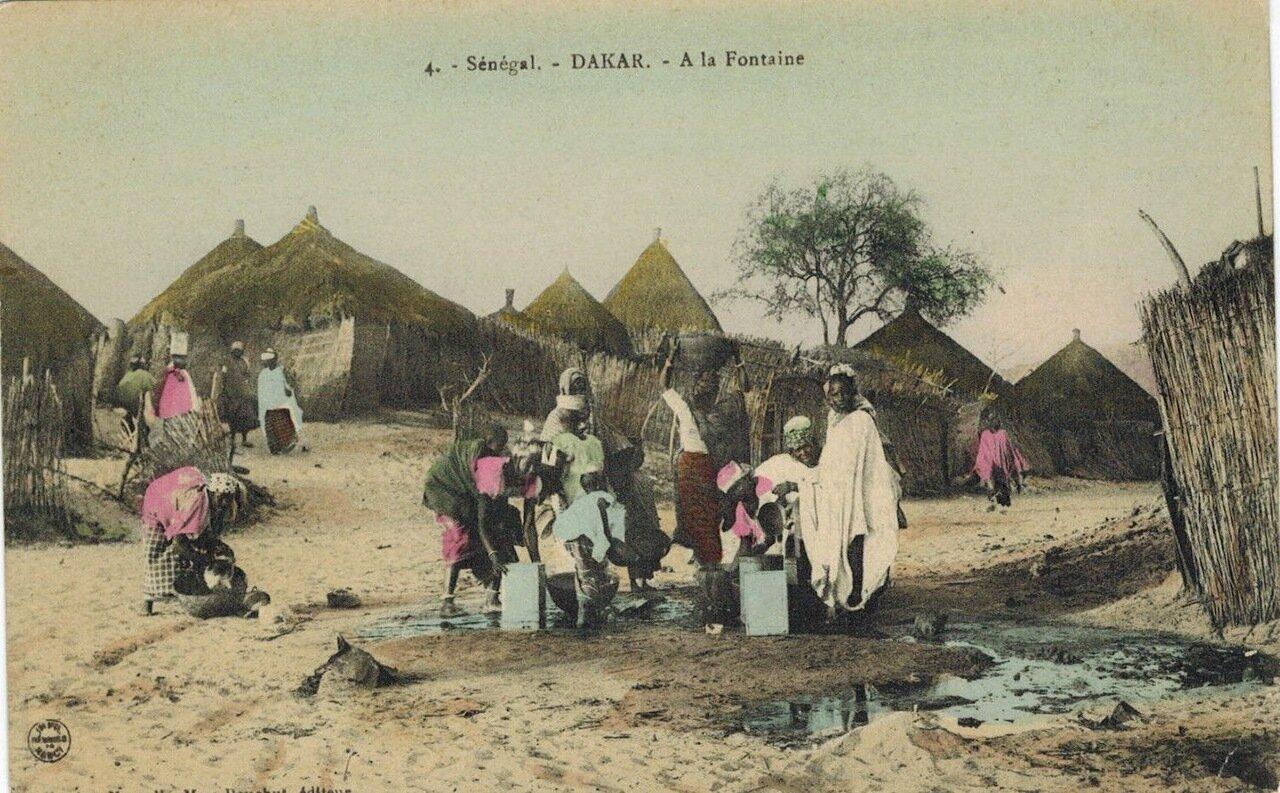 1910. Фонтан в Дакаре, Сенегал