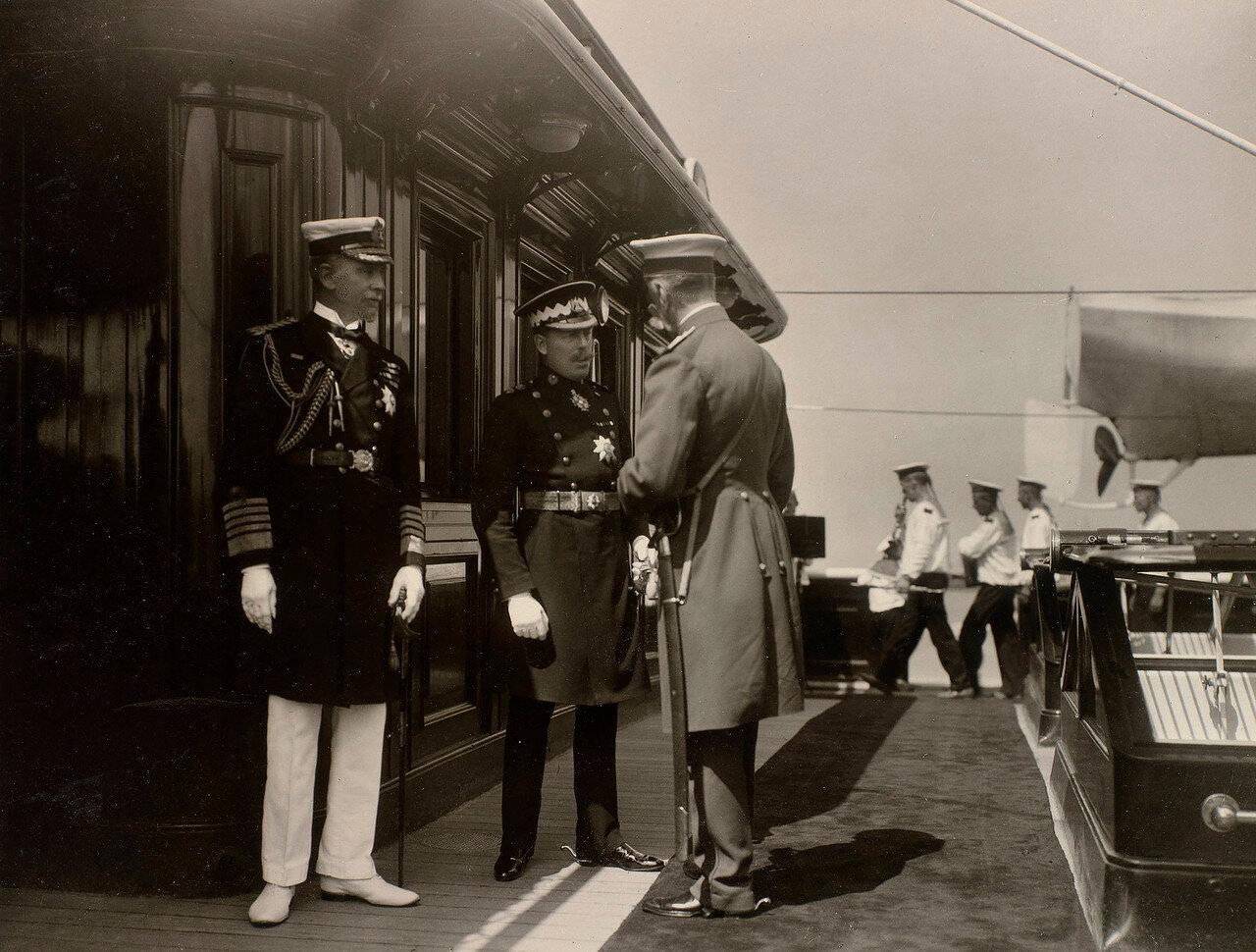 28. На палубе Императорской яхты «Штандарт»