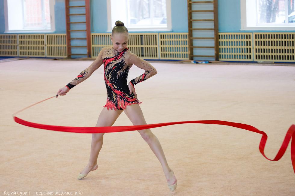 Как сделать художественная гимнастика