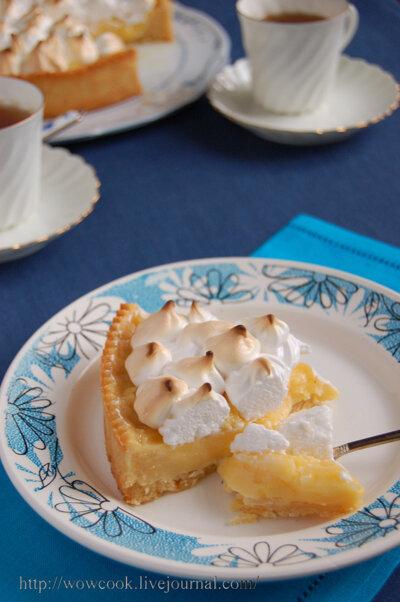Торт с лимонным курдом и меренгой