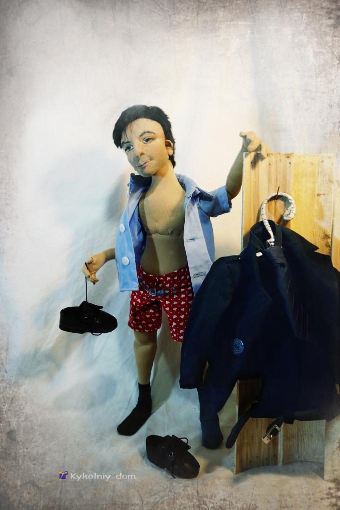 Портретная кукла по фото Станислав. Кукла с портретным сходством. Объёмное портретное лицо куклы., портретная кукла, кукла ручной работы, кукла в подарок, что подарить, идея подарка, девушка, необычный подарок, авторская кукла, шарнирная текстильная, шарнирная кукла, интерьерная кукла, кукла по фотографии
