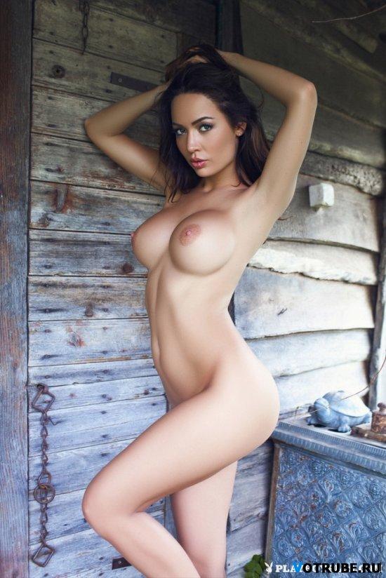 девушки фото брюнетки голые
