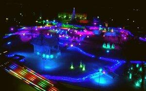 Разноцветная феерия ледяного городка Беловодье