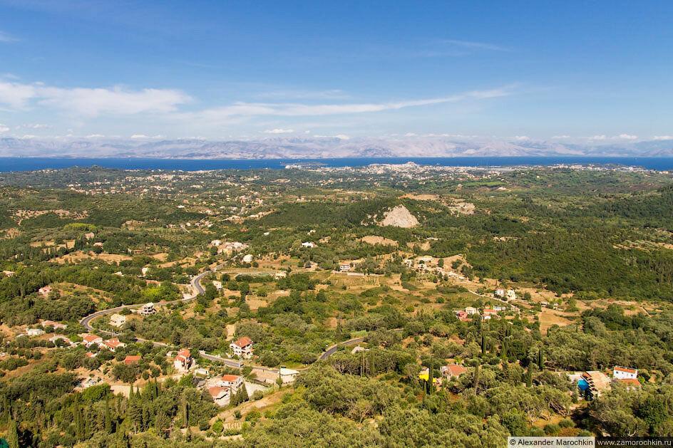 Фрагмент панорамного вида с обзорной площадки Трон Кайзера