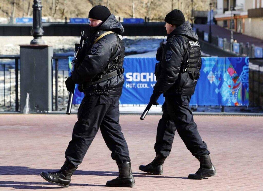 Полицейские патрули на улицах города (1)