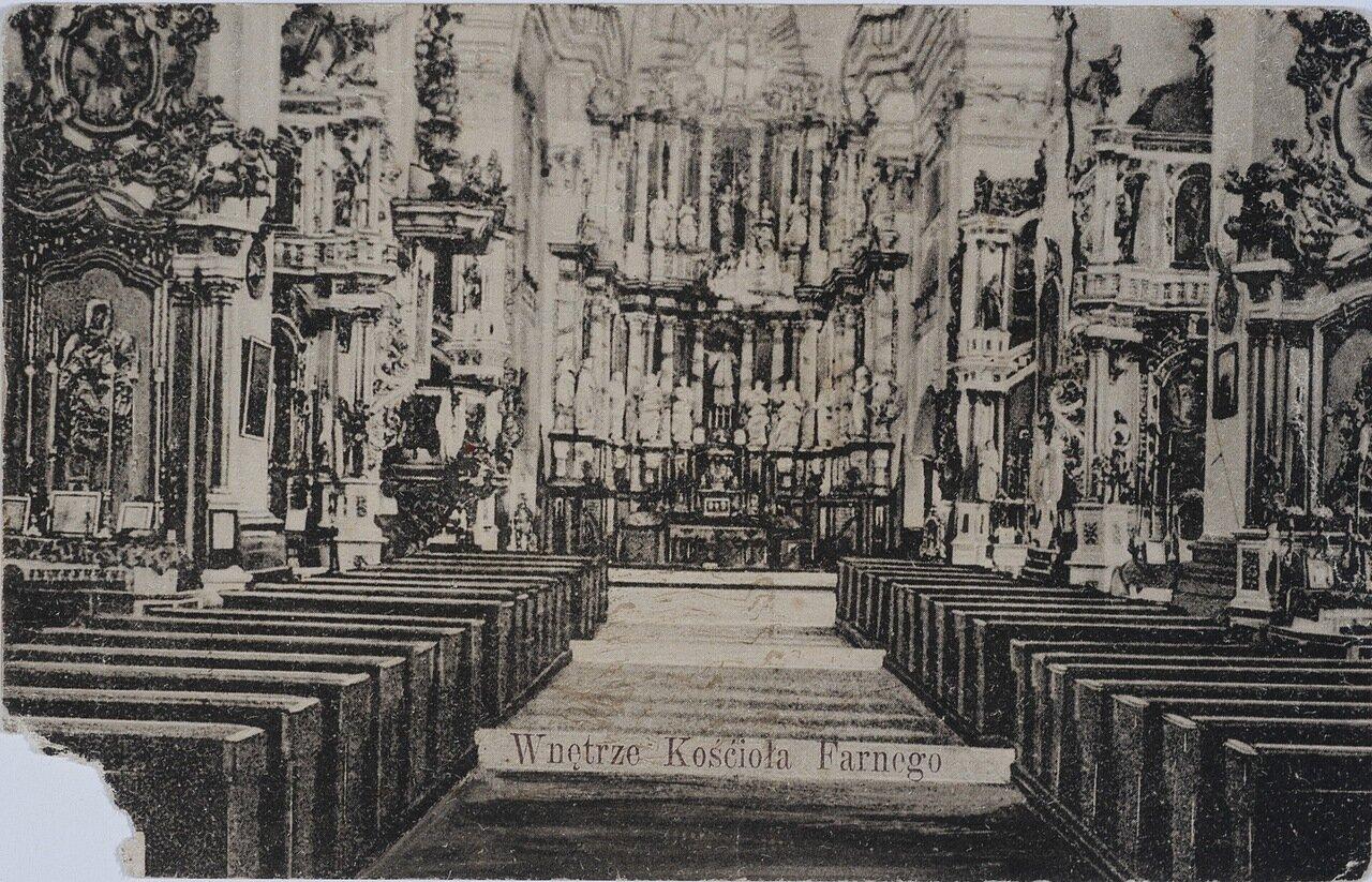 Интерьер Фарного костела