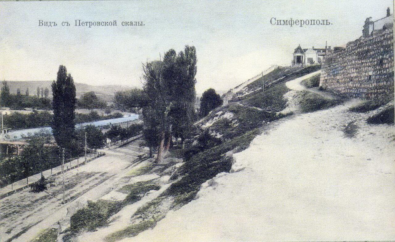 Вид с Петровской стороны