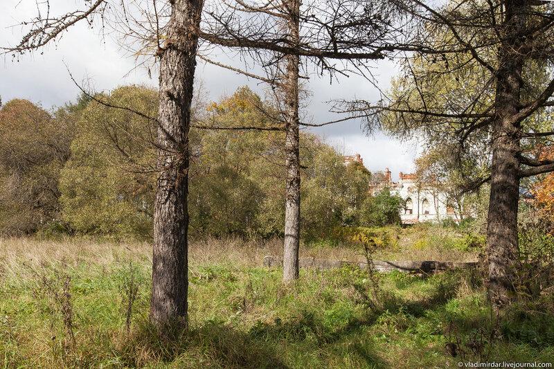 Заброшенный парк в Колосово