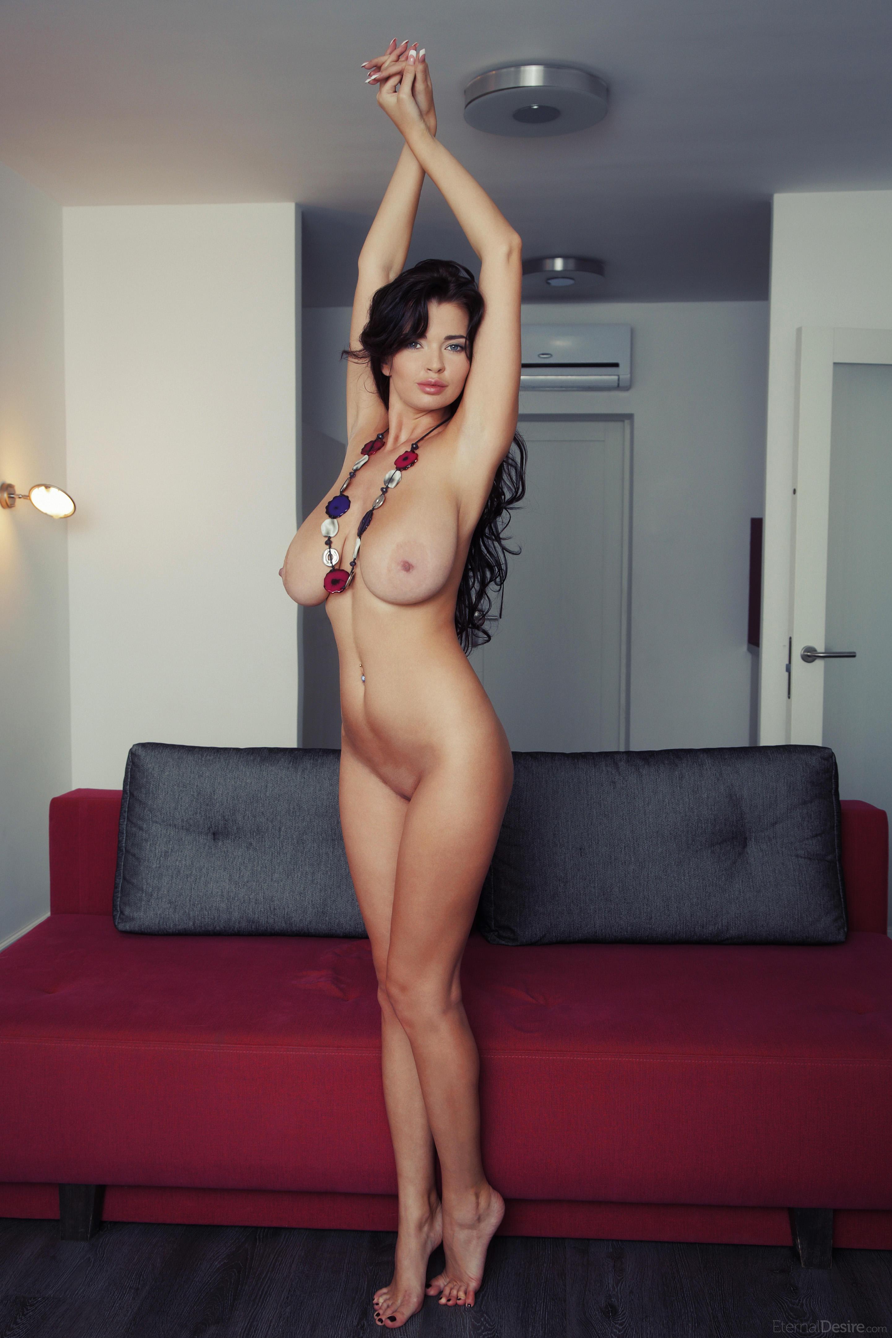 Размеры груди у порномоделей фото 507-572