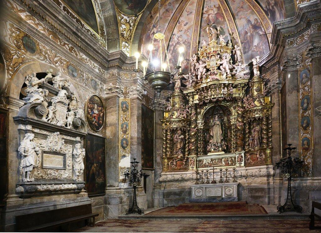 Tarragona Cathedral. Interiors