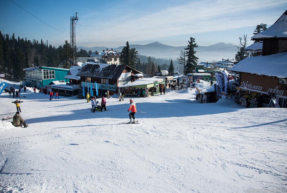 26. Почему туристы обязаны на лыжах и сноубордах ехать в этот коридор и какими-то абсурдными пу