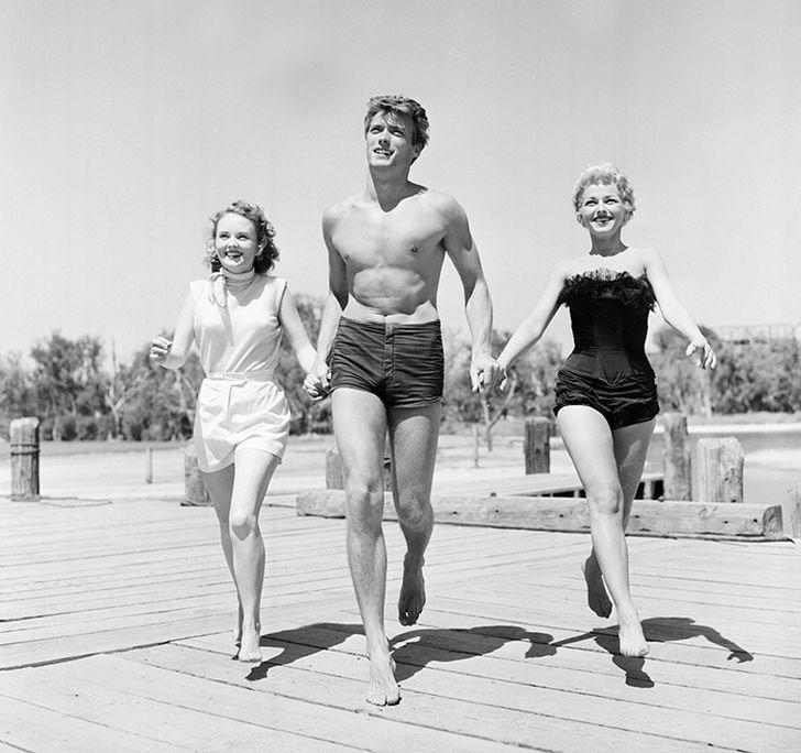 18. Клинт Иствуд с актрисами Олив Стерджесс и Дани Крэйн в Сан-Франциско (1954)