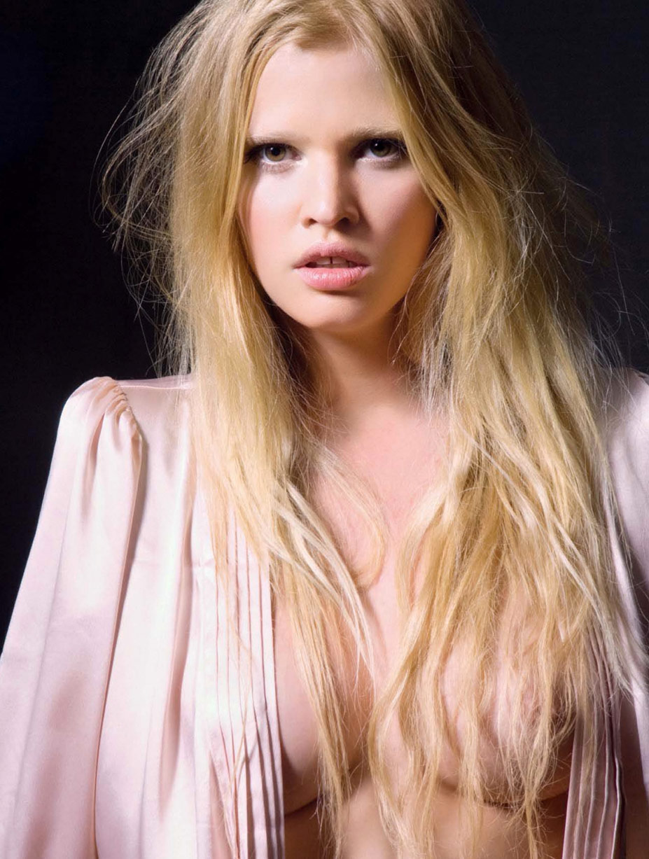 Лара Стоун / Lara Stone by Greg Lotus in Playboy France june/july 2010