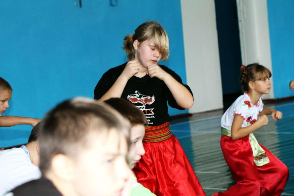 Квалификационный групповой экзамен в школе боевого гопака города Нетешин (Хмельницкая область) (26)