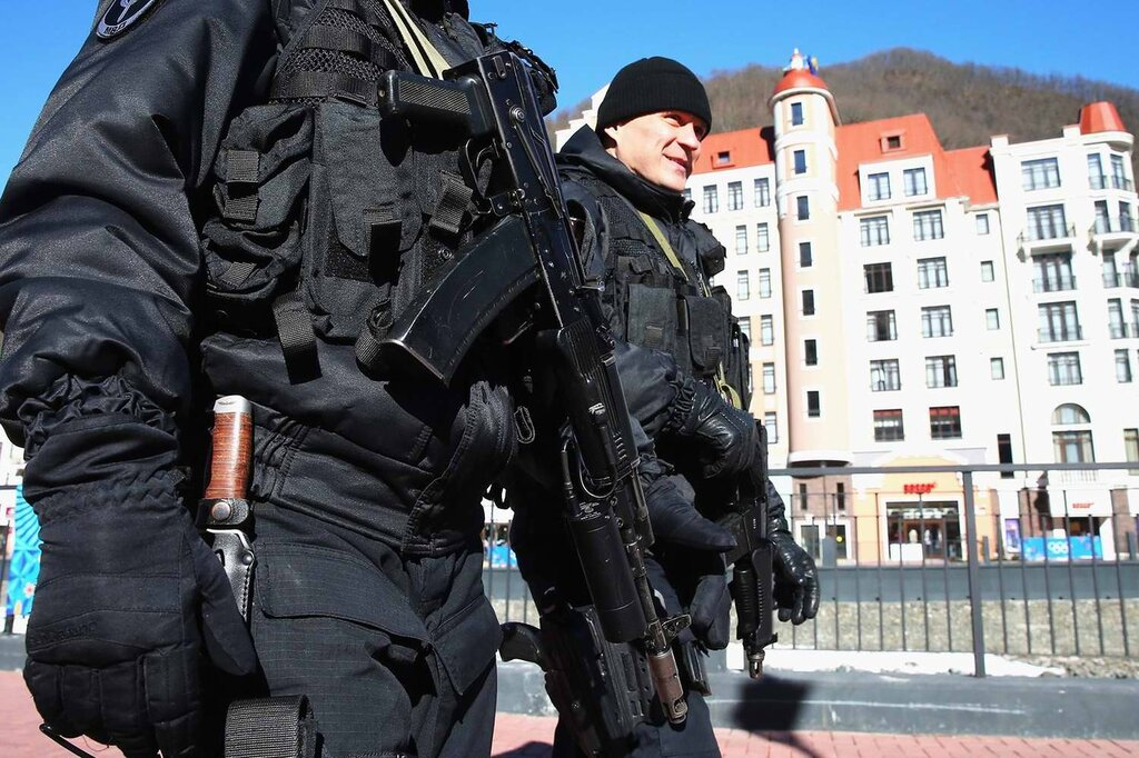 Детали полицейской экипировки (1)