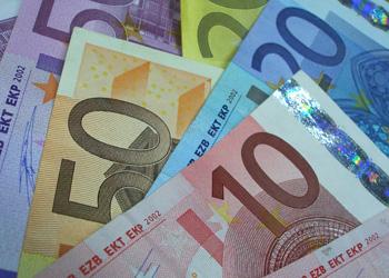 ЕИБ предоставит Молдавии 75 млн евро на развитие виноделия