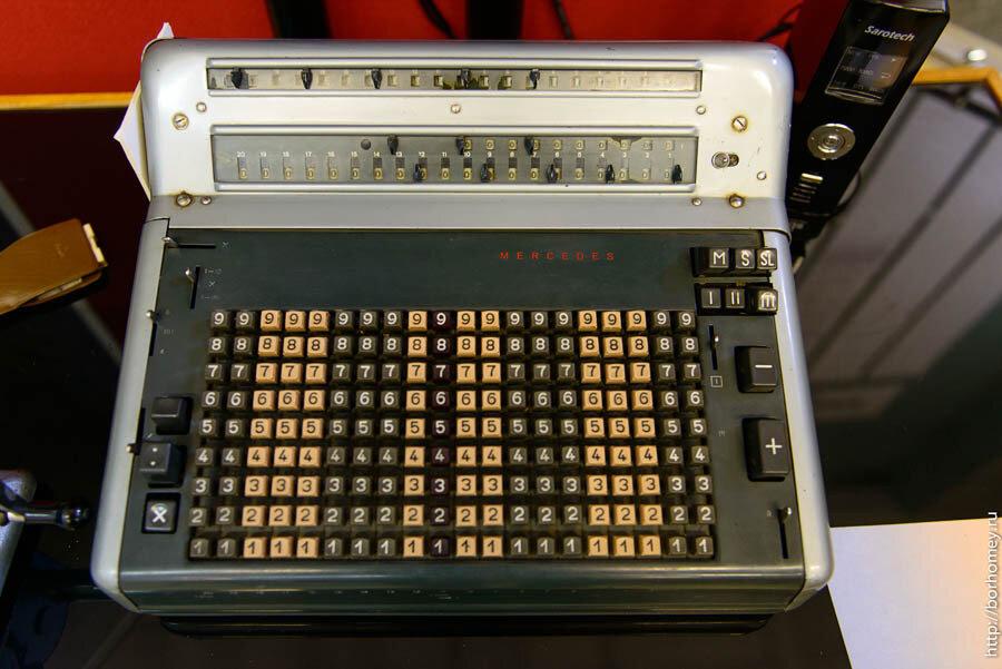 вычислительная машина мерседес