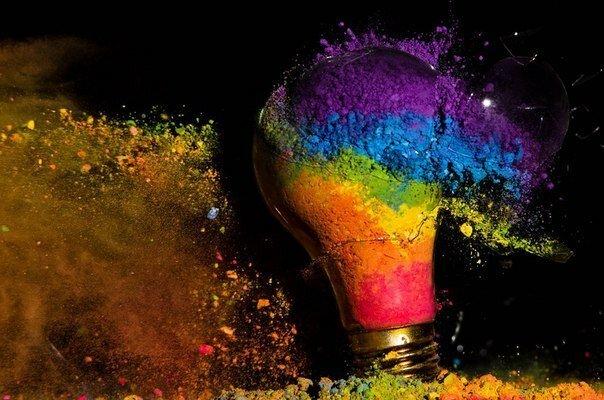 «Exploding Light bulbs» от Jon Smith
