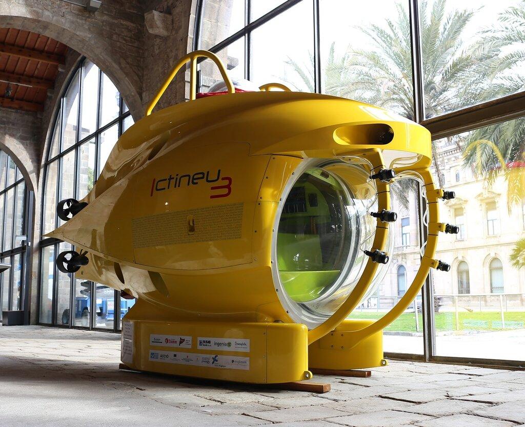 Maritime Museum Barcelonagaudi apparatus Ictineu 3