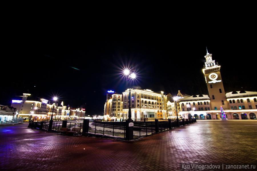 Олимпийский Сочи 2014. Красная Поляна. Ночная съемка.