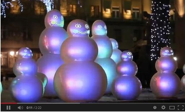 Поющие снеговики (видео)