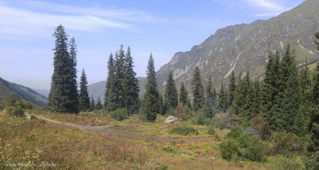 Горы возле БАО.