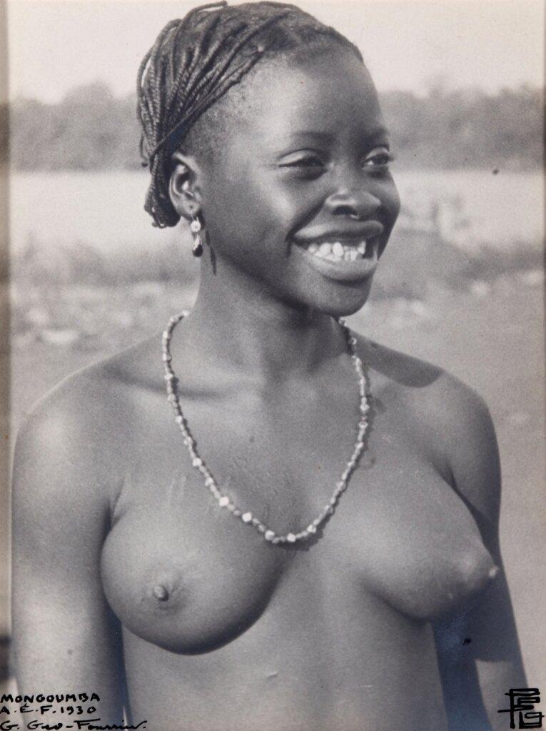 1930. Девушка из Монгумба (Центральноафриканская Республика)