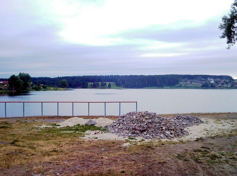 Новоуткинский пруд