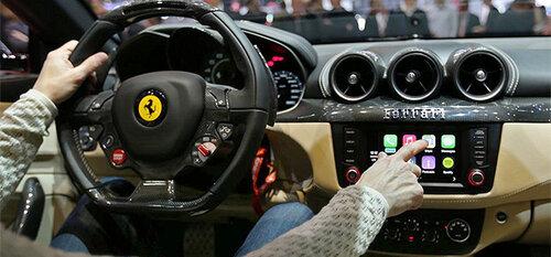 Ferrari первой укомплектовала автомобиль системой Apple