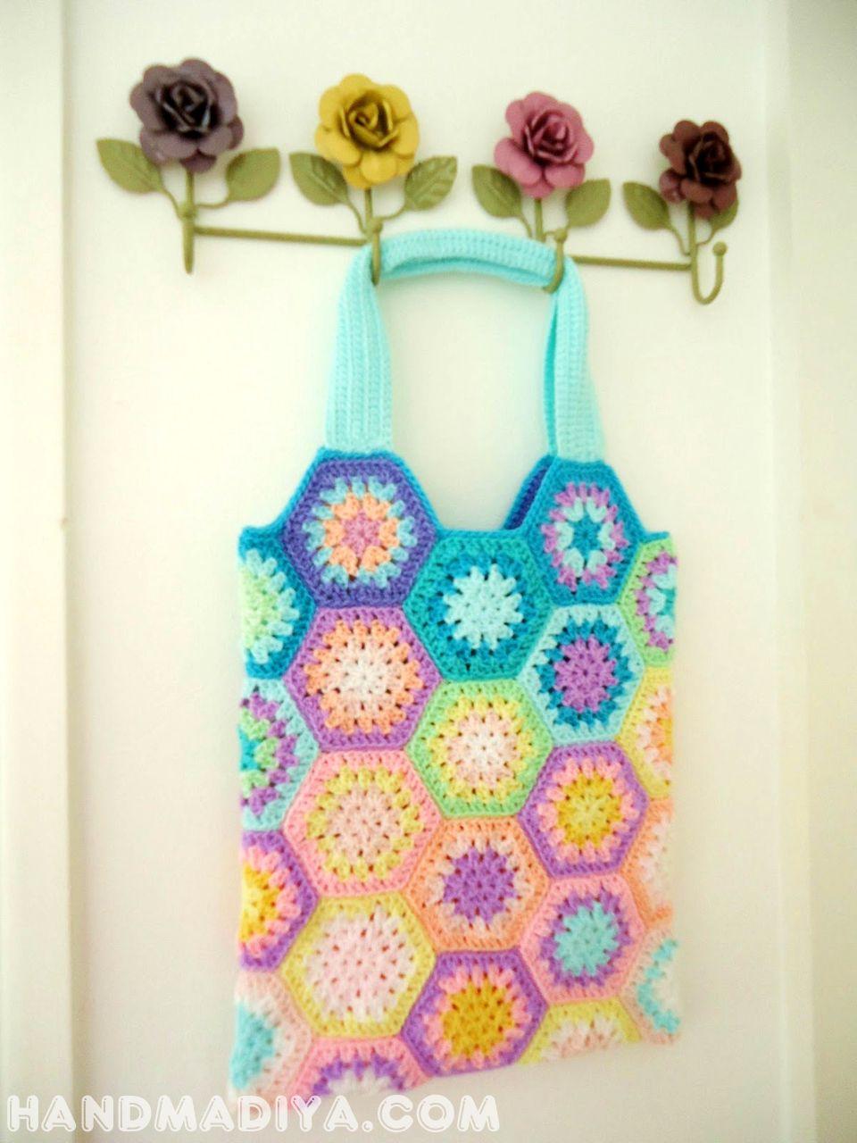 вязаная крючком сумка.  Knit crochet bag