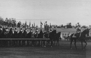 Начало церемониального марша кирасир на параде полка.