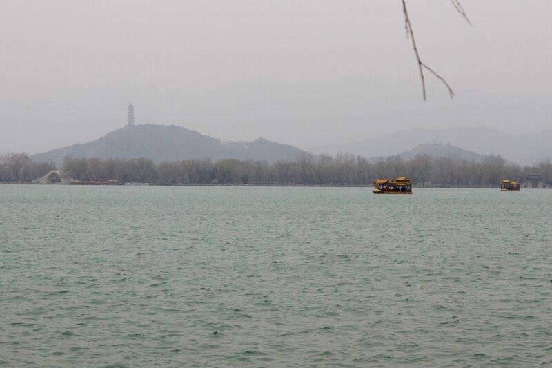 Пагода Юйфэн на холме Юйцюаньшань